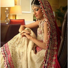 <b>Few essentials for the would be bride</b>