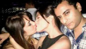 Riya Sen with unknown girl/twitter