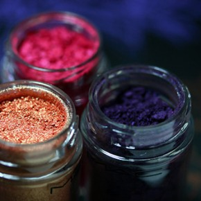 <b>Recycle your old cosmetics</b>