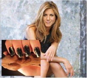Ger Jennifer Aniston's snake nails