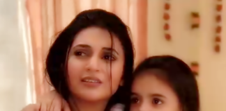 Ishita with Ruhi in Yeh Hai Mohabbatein