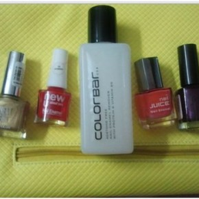 <b>Review: Color Bar Nail Enamel Remover</b>