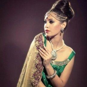 <b>Makeup trends for winter wedding season</b>