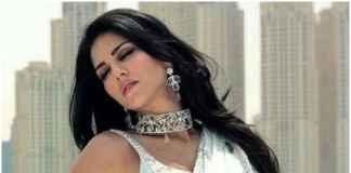 Sunny Leone in Saree Wali Girl