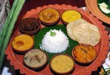 Must Bengali food at Delhi Pavilion
