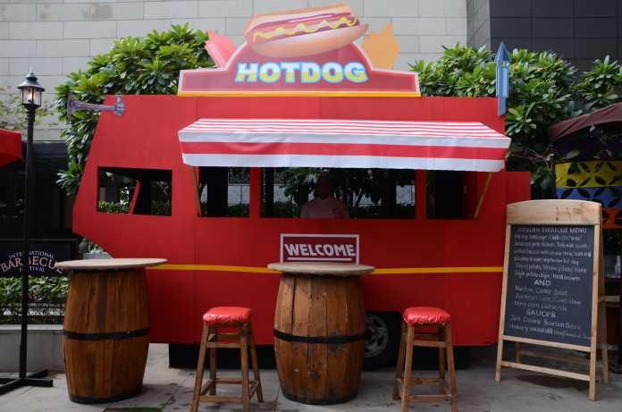 The food truck inspired from America