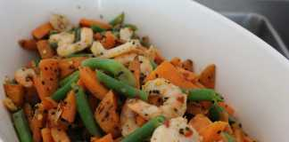 Tri Colour prawn, carrot & beans salad