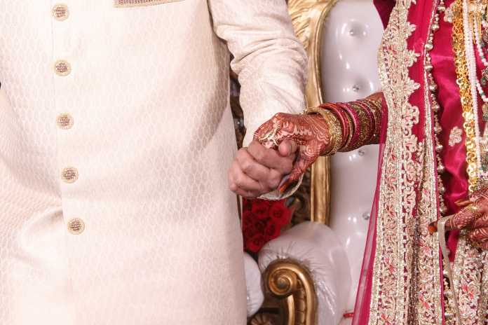 Arranged Marriage/pixabay
