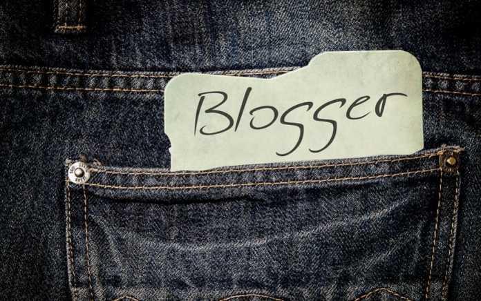 Dating a blogger/pixabay