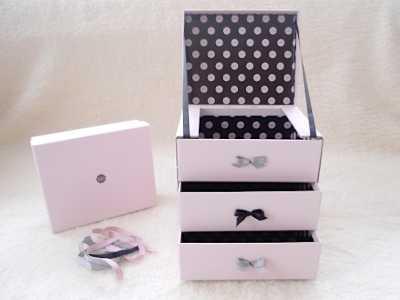 Handmade makeup box