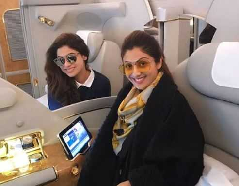Shilpa Shetty with Shamita Shetty