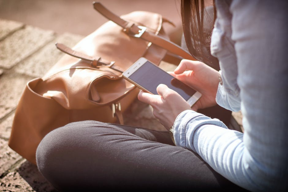 Are you a phone addict/pexel