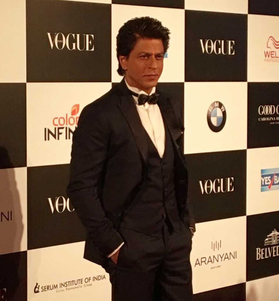 Shah Rukh Khan won entertainer of the decade award