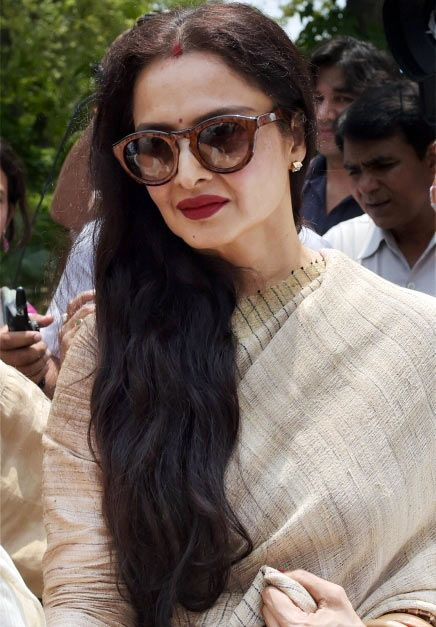 This is the biggest one - Rekha wears Sindoor