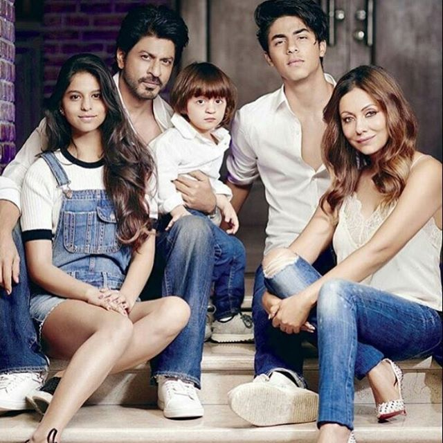 SRK with his family