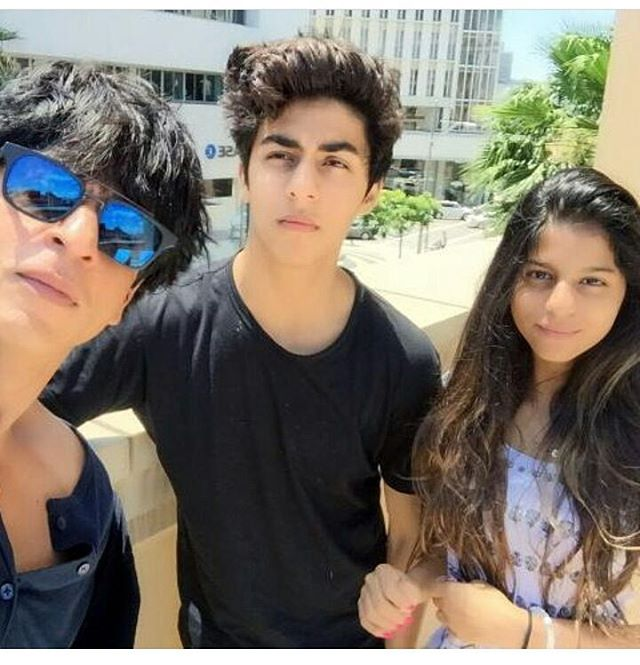 SRK with Aryan and Suhana