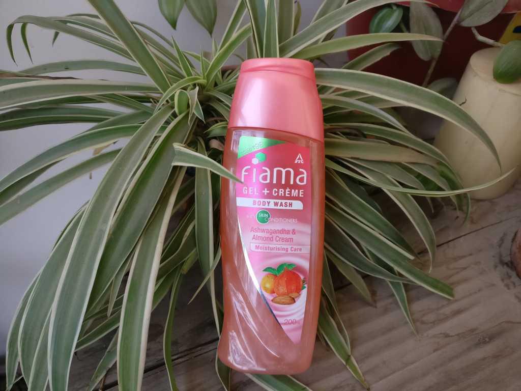 Fiama Gel + Crème body wash