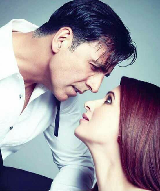 Most Inspiring Bollywood Couples who justify the statement of True Love