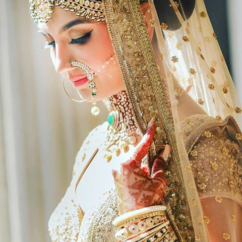 Instagram Accounts Every Bride-to-Be Must Follow