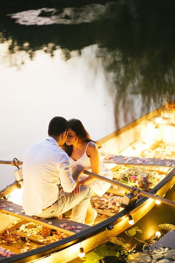 Best and Unique ideas for your pre-wedding shoot