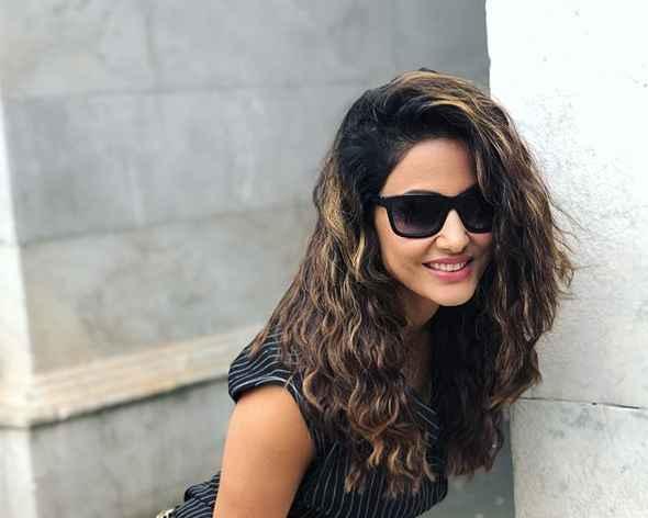 Cute Hina Khan