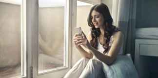 Common texting habits that almost every couple has