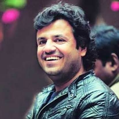 Vikas Bahl accused by Kangana Ranaut and an unknown actress of inappropriate behavior