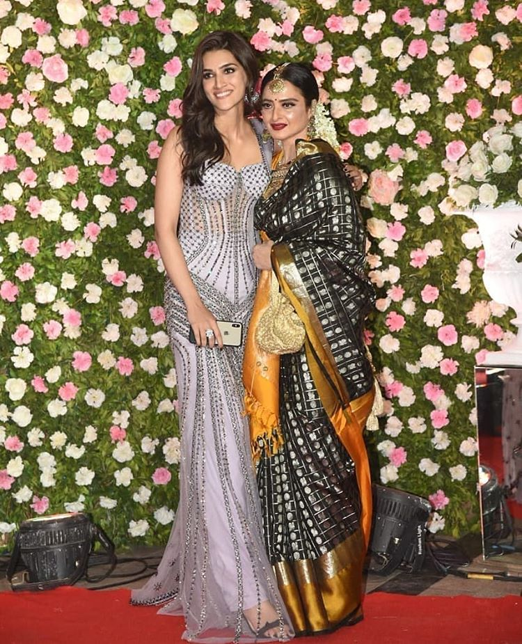 Kriti Sanon with Rekha Ji