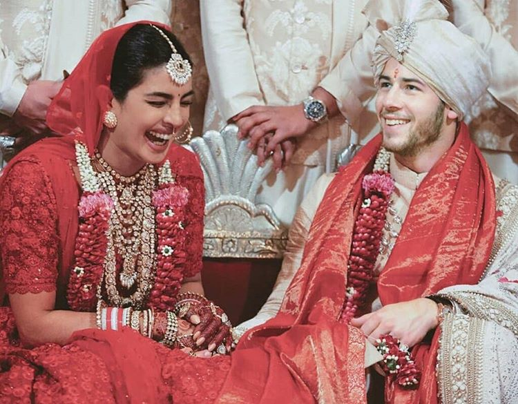 Simple Wedding Dress Quotes: Twitter Angry As Magazine Calls Priyanka A 'scamster