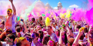 Weird yet funny things people do on Holi