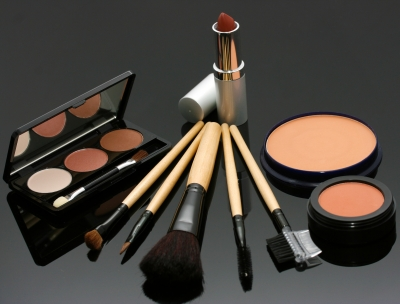 Makeup causes acne