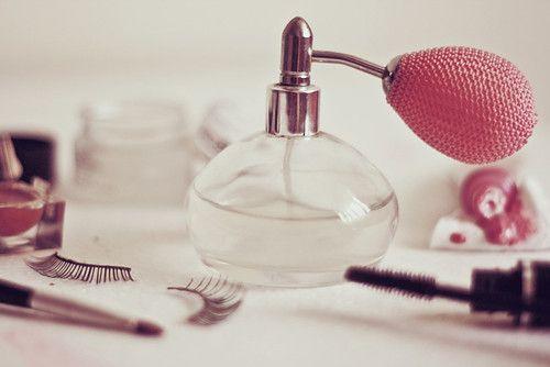 Rubbing wrists when you apply perfume