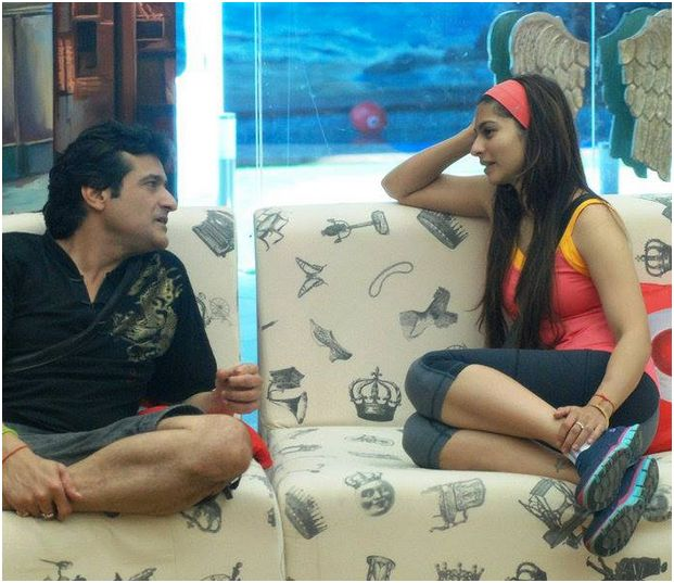 Were Tanishaa & Armaan Caught Naked in the Bigg Boss House?